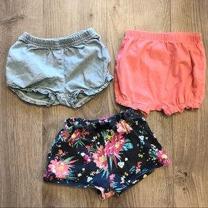 🌸2/$25🌸 Three set of shorts/diaper covers
